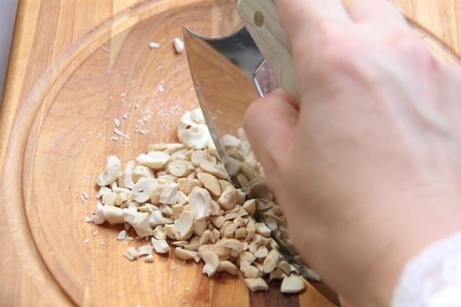 Cashewkeren-zerkleinern